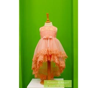 62b5ef855f Lányka koszorúslány ruha B300
